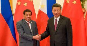 Duterte Xi handshake