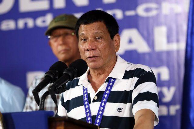 Duterte speaks before 4th ID troops Bancasi