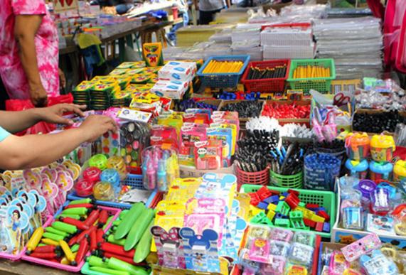 DI MABASA? 'WAG BILHIN | Consumers warned vs school supplies
