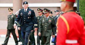 US_Thai_generals_Robert Brown_Chalermchai Sittisart