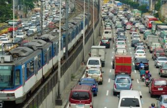 A typical rush-hour scene on EDSA. This year;s quake drill will be done at 4pm, and include scenarios besides earthquakes, especially fire suppression. MMDA said it's also the first time the drill takes 4 days. INTERAKSYON FILE