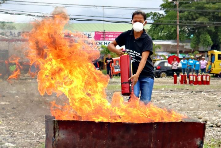 Butuan BFP fire extinguishing