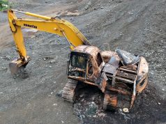 Butuan_NPA_burned_backhoe