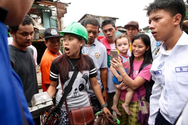 Pasig_Eastbank_Floodway_demolition_electric_meter