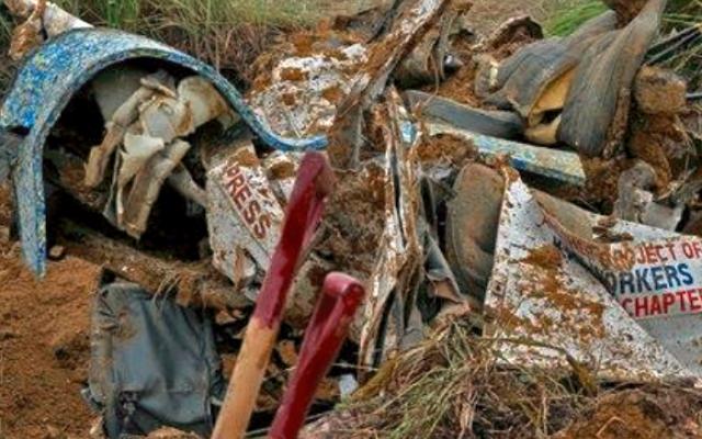 Ampatuan_Massacre_exhumation_detail_NONOY_ESPINA