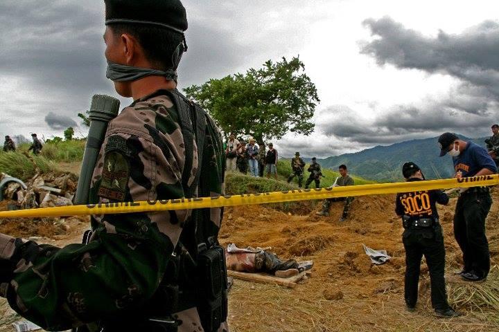 Ampatuan_Massacre_exhumation_scene_NONOY_ESPINA