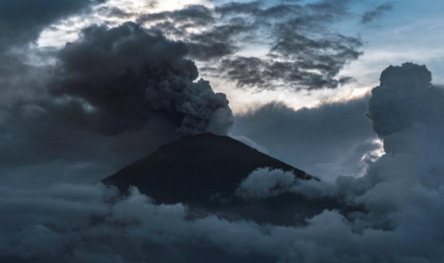 Bali_Mt_Agung_eruption_REU