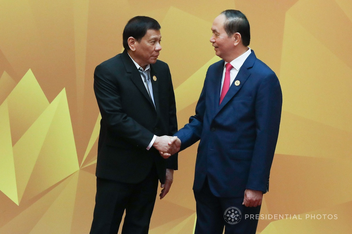 Duterte thanks Putin for weapons used against Islamic militants