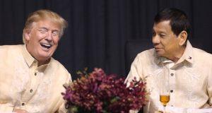 Trump_Duterte_share_a_laugh_ASEAN2017
