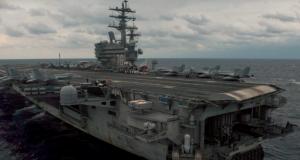 USS_Ronald_Reagan_operating_at_sea_REU