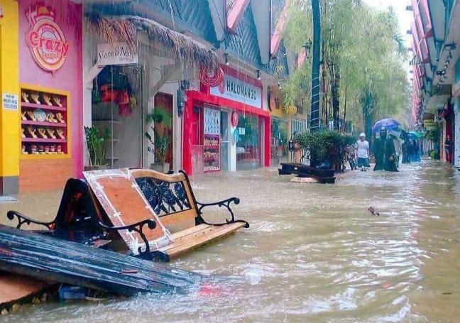 Urduja_Boracay_establishments_flooding_NEWS5