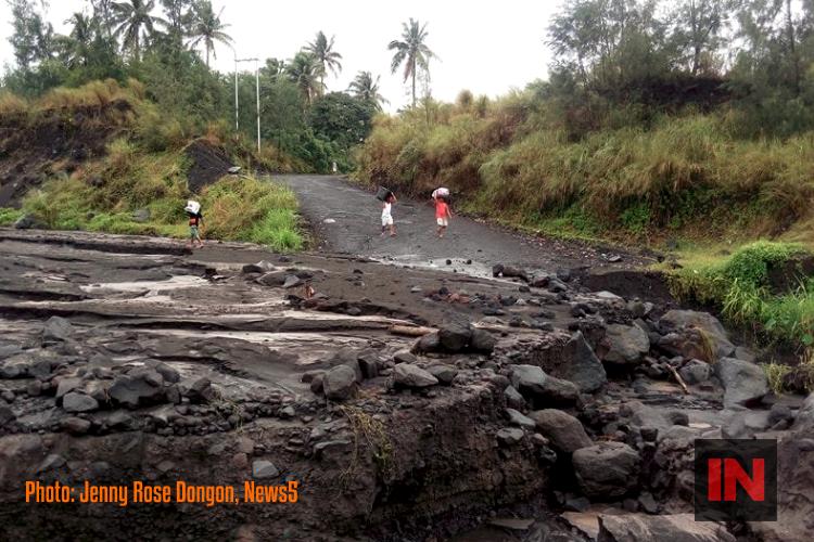 Mayon_Volcano_Daraga_Albay_JENNY_ROSE_DONGON