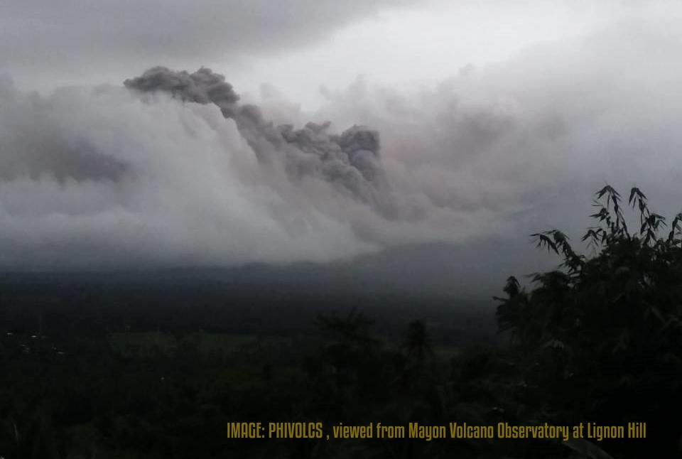 Mayon_Volcano_pyroclastic_flow_Phivolcs