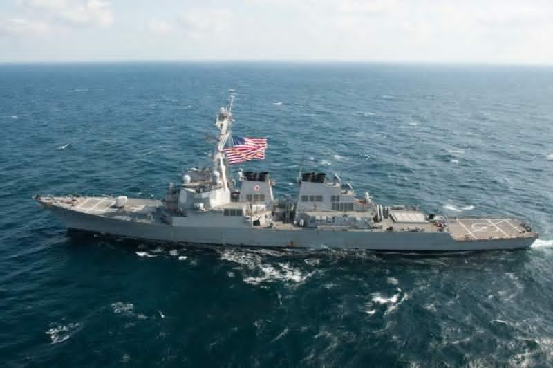 China says USA  warship violated sovereignty near Scarborough