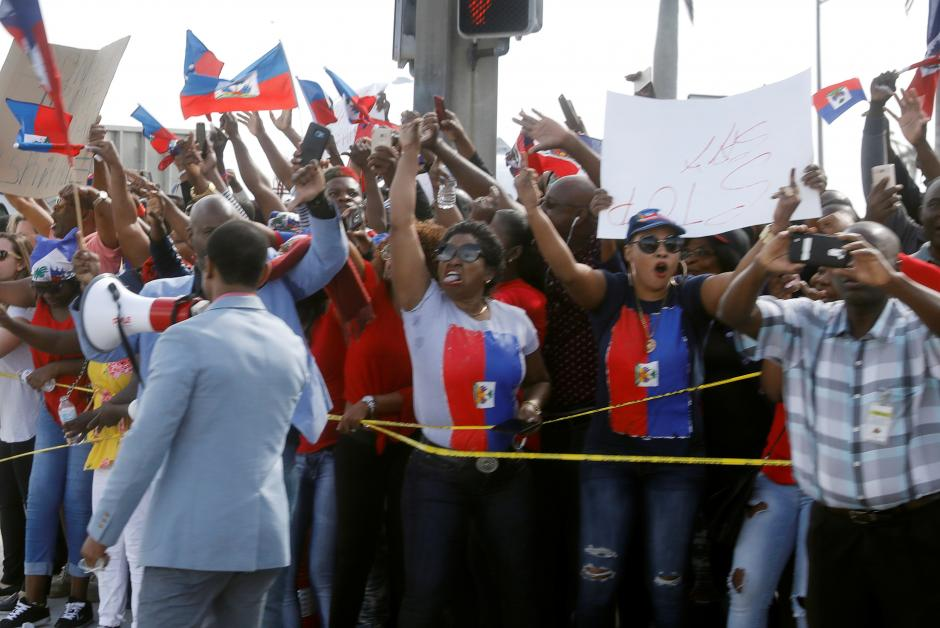 Haitians barred from applying for visas for low-skilled work in US