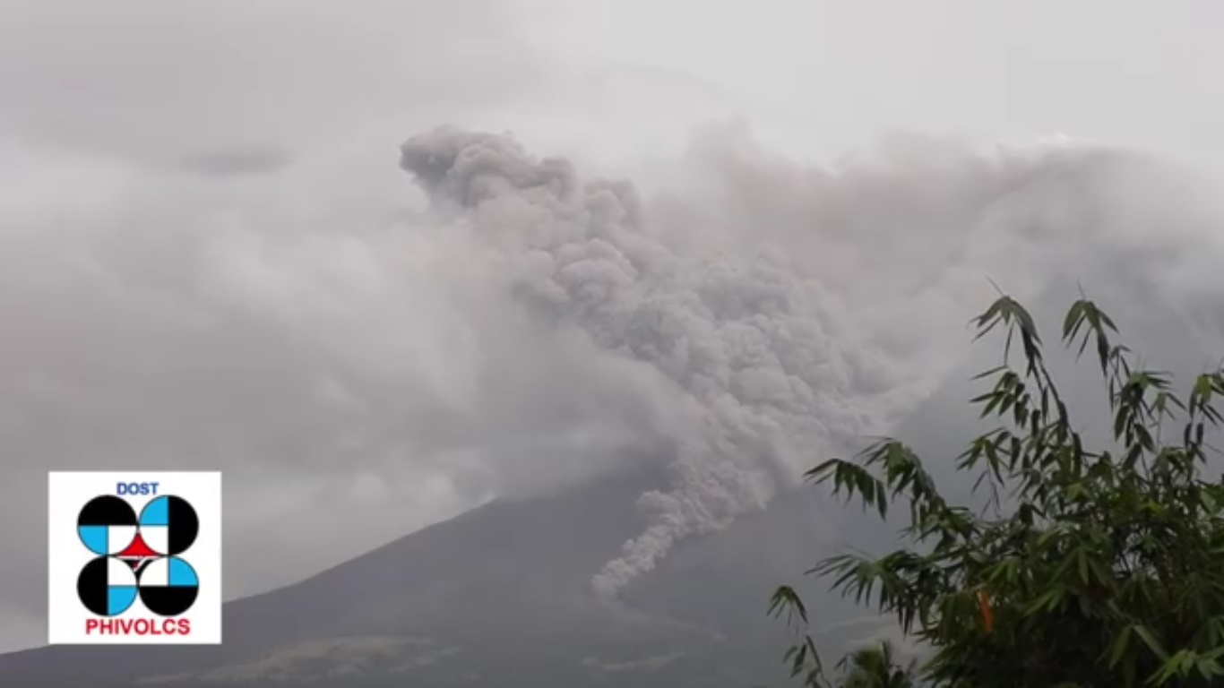 Mayon volcano restive; alert level 3 raised