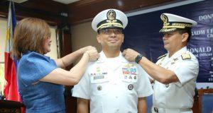 Chief_of_PH_Naval_Staff_Erick_Kagaoan_handout