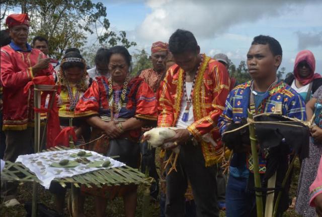 IP leaders in a ritual