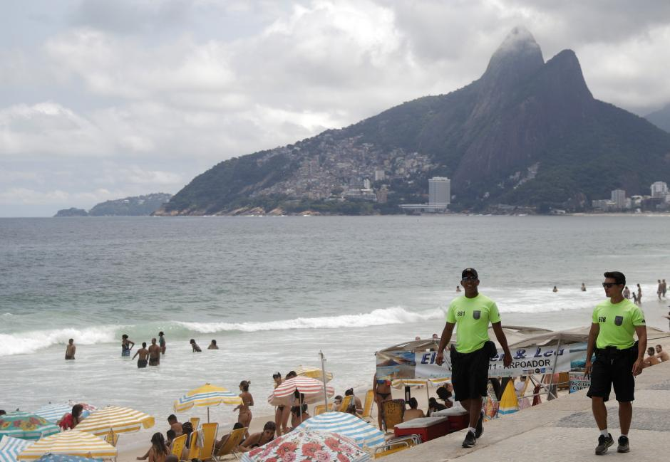Brazil to use army in shock tactic to tame Rio violence