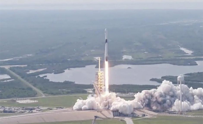 SpaceX just successfully landed its most powerful rocket yet