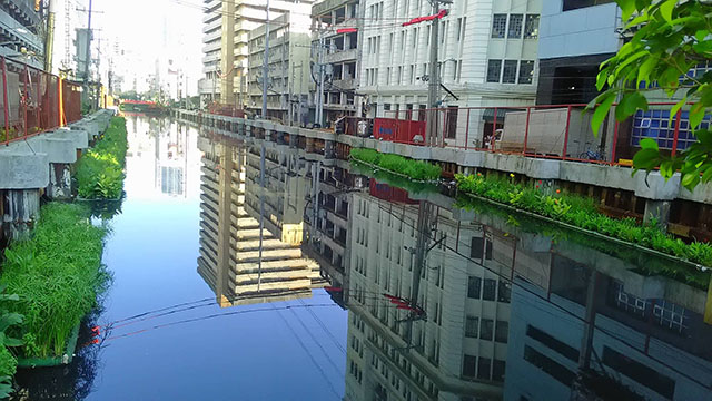 A scene that's hard to believe: A garbage-free Binondo creek