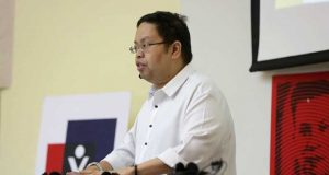 Comelec spokesperson James Jimenez
