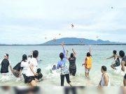 Starfish tossers