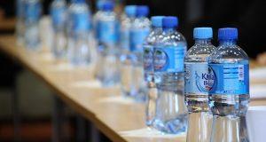 Bottled water interaksyon