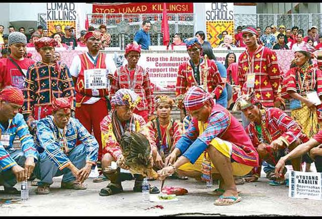 Lumad protesters