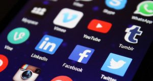 Social media interaksyon