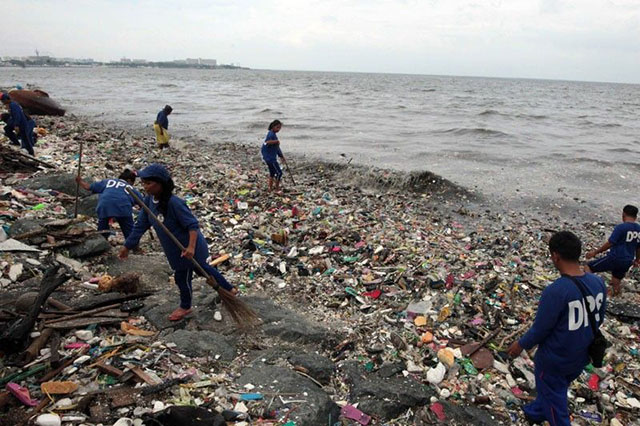A look at Manila Bay's pollution and the Clean Water Act of 2004