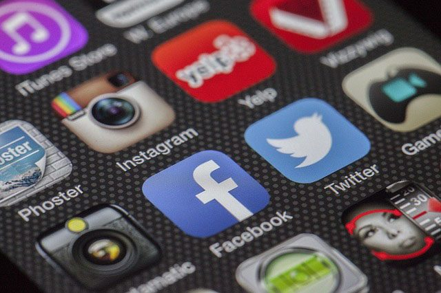 Social media apps Interaksyon