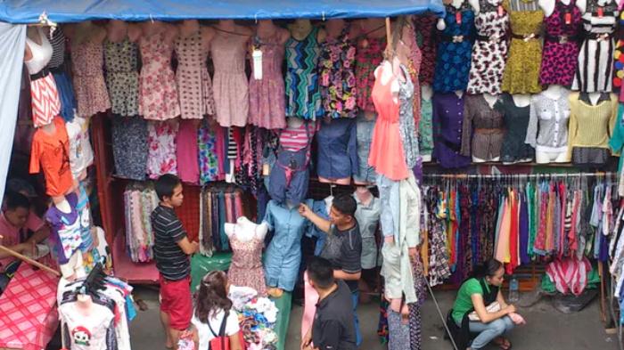 Tiangge street vendors