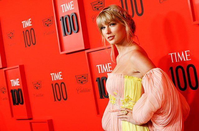 outlet store 1a3f5 fe84d Taylor Swift announces release of new single 'ME!' during ...