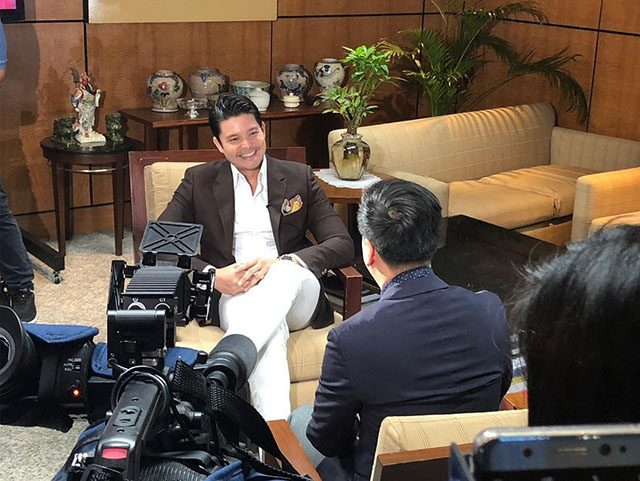 Dingdong Dantes calls out Ronald Cardema