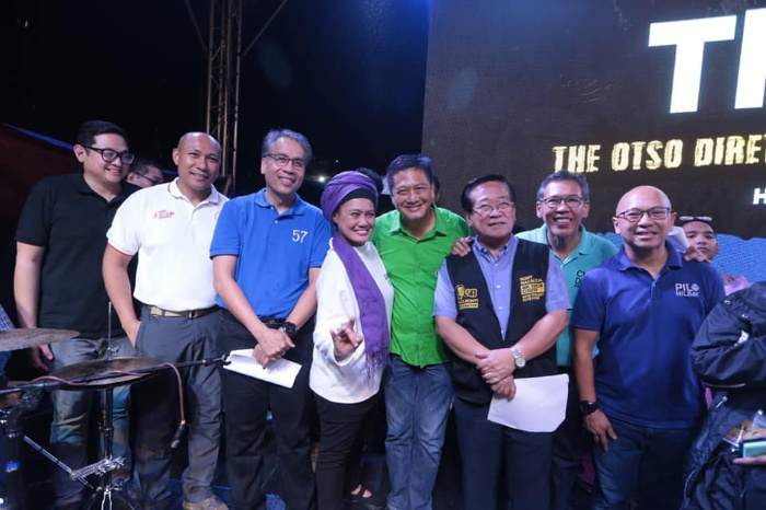 Comedian on religious group's bloc vote: Missing an Otso Diretso member