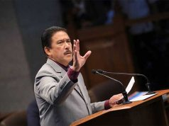 Tito Sotto gesturing in the Senate