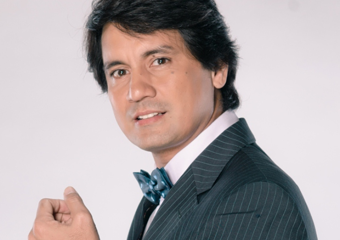 That yellow painting: Why Richard Gomez's crude work fetched quite a price