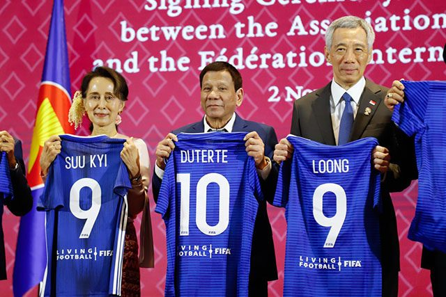 Duterte with a jersey