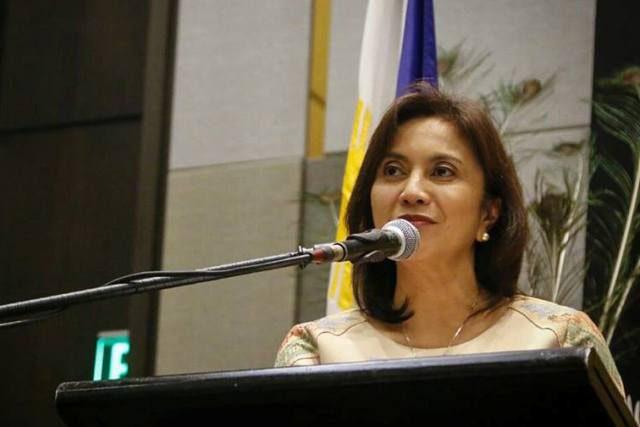 Leni Robredo in podium
