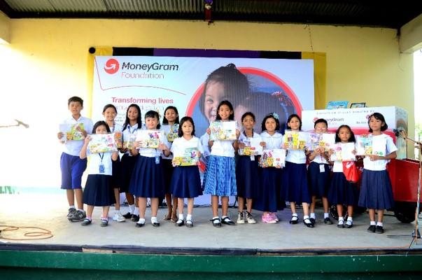 Students with MoneyGram