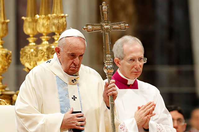 Pope Francis presides a mass