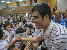 Vico Sotto with Filipinos
