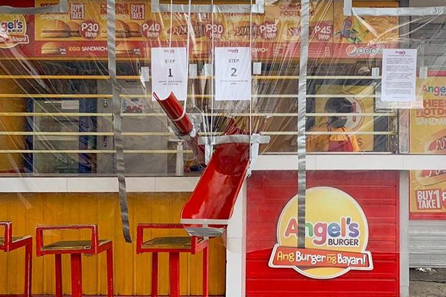 Angel's Burger kiosk