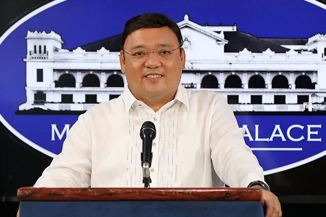 Duterte, <b> Malacañang softboi reveals he&#8217;s tired and wants to resign &#8211; again </b>