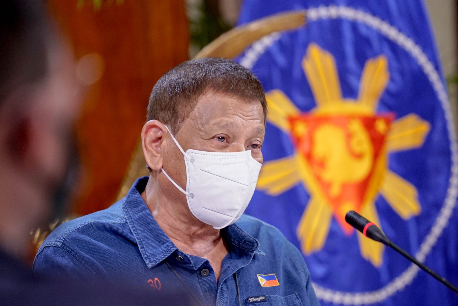 Duterte hits front liners' 'revolution' but 'demilitarized medical quarantine' was what they called for