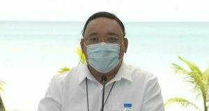 Harry Roque in Boracay