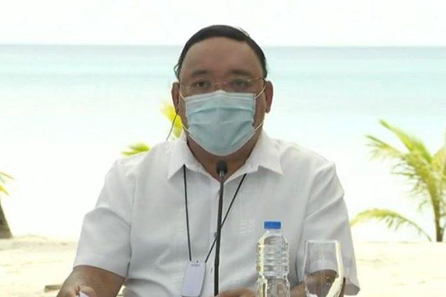 Harry Roque in Boracay