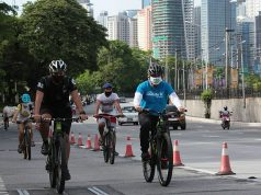 Cyclists along EDSA
