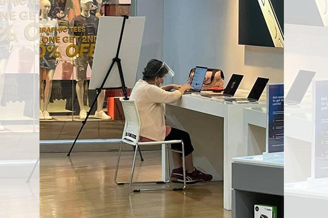 Old woman in Power Mac Store